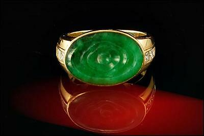 Antique Deco 18K 750 Gold Chinese Carved Imperial Jade Diamond Signet Ring