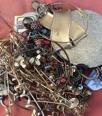 Gold Tone Jewelry 1 LB LOT: Necklaces, Earrings, Etc. Craft Repurpose #34