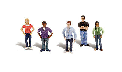 Woodland 785-4451 A Scene-A-Rama(R) Figures -- Young Adults