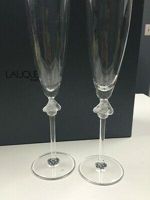 LALIQUE Toasting Flutes Verre a Champagne Roxane Crystal Glasses NIB w Receipt