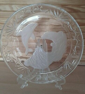 Glass Plate Dolphin Design