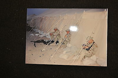 EARLY OPERATION IRAQI FREEDOM 1st ARMORED DIVISION PHOTO - MACHINE GUNNERS