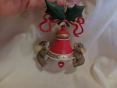 Charming Tails 1St This Season Rings With Love Ornament Dean Griff(13)