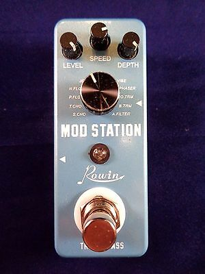 ROWIN LEF-3808 MOD STATION - 11 Modulation Effects and True By-Pass in one pedal