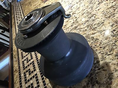 """Barient 27 St 2 Speed Self Tailing Winch 6 3/4"""" Base, 7 1/2"""" Tall"""