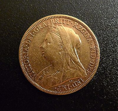 1896 GOLD FULL SOVEREIGN VICTORIA VEILED HEAD & in a capsule