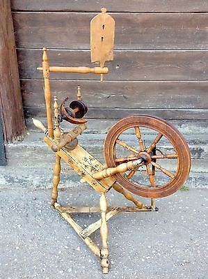 Antique Spinnig Wheel OOAK Paintings Horn Details Europe Baltic Nordic 1800ies