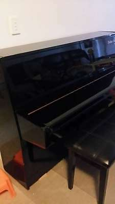Weinstein & Sons Upright Piano In Good Condition For Sale