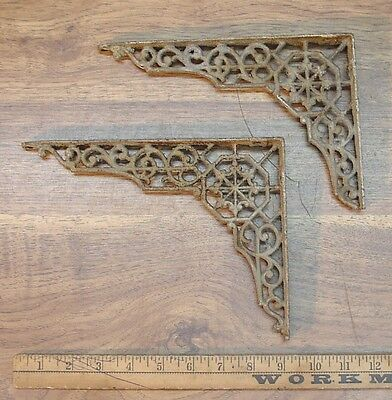 "2 Antique Cast Iron Shelf Brackets,6-1/8"" & 6-13/16"" X 9"",Rusty & Crusty,Damaged"