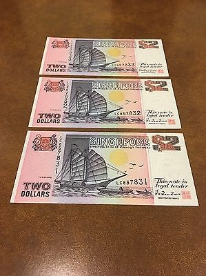 Singapore  Ship Series 3 X 2 Dollar Note UNC Sequential SR Numbers.