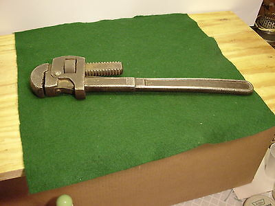 Vintage  TIGER TOOLS   PIPE WRENCH 18
