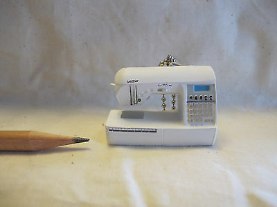 U056 Dollhouse Brother Home Electrical Sewing Machine Miniature re-ment 1:12
