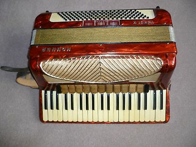 Hohner Verdi V 5 Accordian