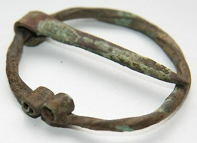 Ancient Old Ornament Bronze Omega Fibula Brooch (FBB20)