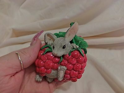 Charming Tails Vhtf I'm Berry Happy Bunny Raspberries Dean Griff(1775)