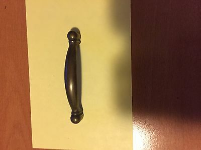 VINTAGE  KITCHEN CABINET HANDLES  20p DOOR & DRAWER
