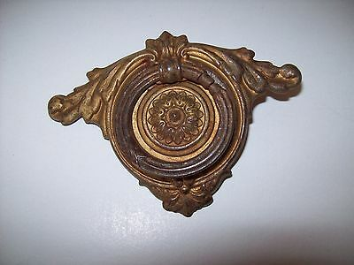 Antique / Vintage  (1) Oval Fancy Drop Bale Drawer Pull Salvage Hardware