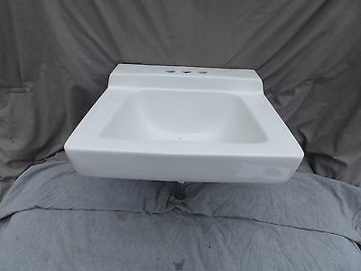Vtg Style White Ceramic Bathroom Sink Old Bathroom Lavatory Plumbing 2097-16