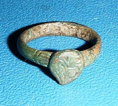 Post Medieval bronze Ring 15-16 century