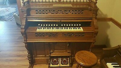 Packard Antique Pump Organ with Stool