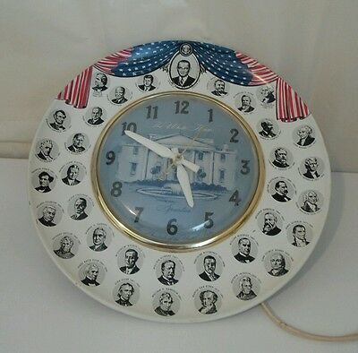 Vintage * WORKING * Spartus U.S.A. 35 Presidents Collector Tin Plate Clock.