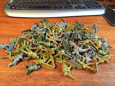 Various 1/32ish Scale Toy Soldiers