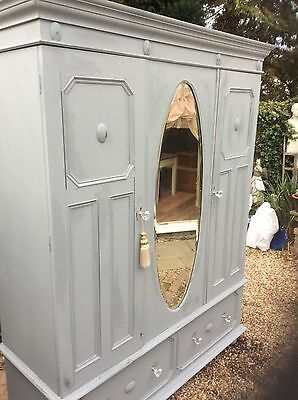 Large Shabby Chic Wardrobe/armoire