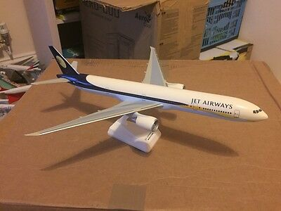 Jet Airways Boeing 777-300ER VT-JEA Aircraft Model 1:200 Scale Large VERY RARE