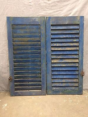 Antique House Painted Louvered Shutters Shabby Old Chic Vintage 15x32 2148-16