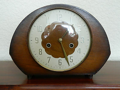 Vintage Smiths Mecanical Chimming Mantal Clock With Smiths Key