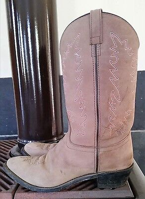 Old West ladies boots