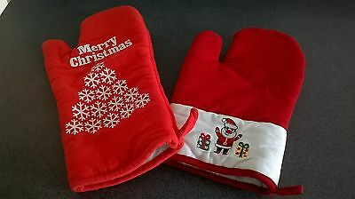 Christmas oven mitts red and white