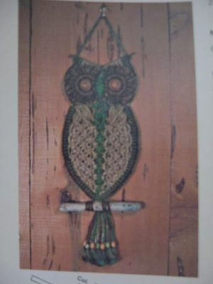 vintage macrame plant hanger pattern book booklet HALLOWEEN christmas witch owl