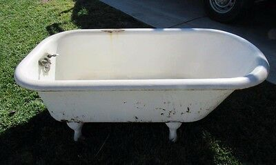 ANTIQUE 1900's PORCELAIN CLAW FOOT BATH TUB!!! GOOD CONDITION RARE GORGEOUS