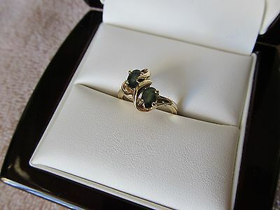 Vintage 14k Yellow Gold & Emerald Ladies Ring. Very nice piece!!