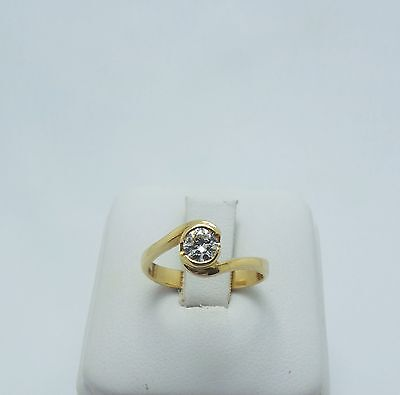 18ct YELLOW GOLD DIAMOND SOLITAIRE RING VALUED @1715 COMES WITH VALUATION