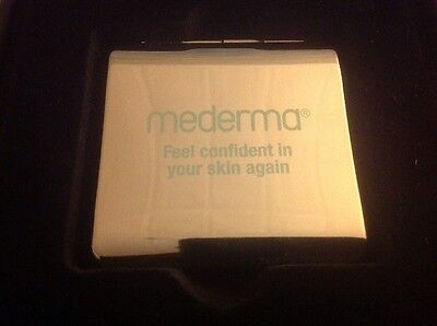 Mederma - Skin Care 4 Scars, Compact SILVER Mirror, Purse Size, Limited Edition.