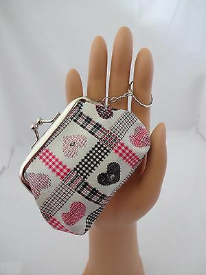 Gingham vinyl coin change purse heart metal kiss clasp key ring pink