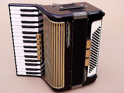 Very Nice German Accordion Weltmeister Gigantilli I  80 bass Including Case .