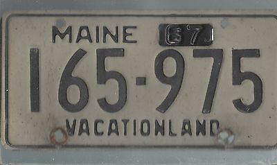 Vintage 1967 MAINE CAR  license plate 165-975 THE AMON CARTER COLLECTION