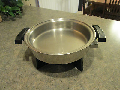 """WEBALCO Stainless Steel 11"""" ELECTRIC SKILLET BASE Model 17209 Great Condition"""