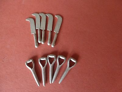 miniature 12th scale garden accessories 5 sythes and 5 spade handles