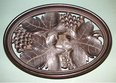 HAND CARVED ANTIQUE BLACK FOREST BREAD BASKET or SERVING PLATE 2 TUNE MUSIC BOX