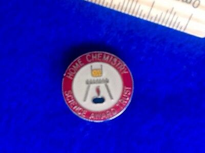 RETRO Home CHEMISTRY / SCIENCE Award Trust Pin Badge ...FREE POST