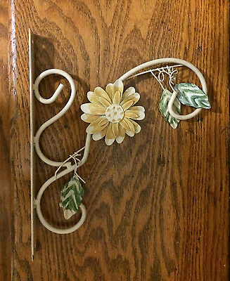 Beautiful Metal Wall Mount Yellow Flower Planter Pot Plant Hanging Bracket