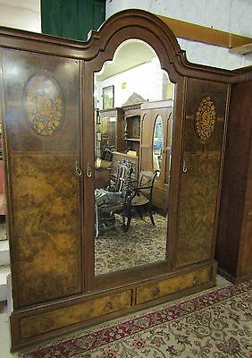 Quality walnut marquetry inlaid triple wardrobe compactum