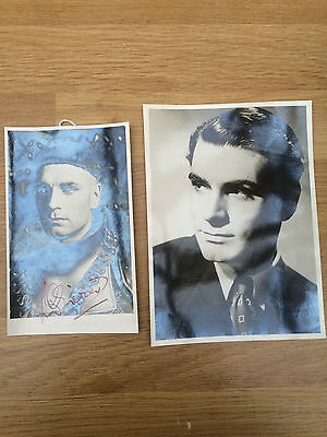 Laurence Olivier hand-signed & Ralph Richardson & Margaret Leighton hand-signed