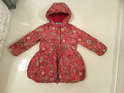 Oilily Red Floral & Bird Print Puffball Style Winter Coat With Hood–Age 4 104Cm