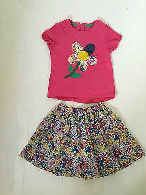 NEXT CERISE PINK AND FLORAL DESIGN OUTFIT – SKIRT AND T-SHIRT–AGE 3-4 YRS 104cm