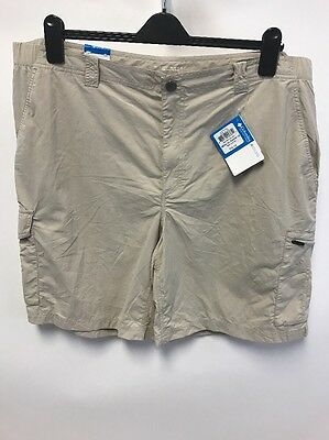 Columbia Mens Silver Ridge Cargo Short, Fossil, 44x10 New with tags No belt $45